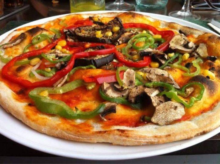 Pizza Vegetariana 6.50 €